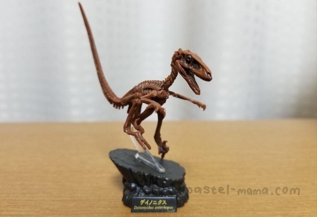海洋堂 恐竜博2019オフィシャルカプセルフィギュア、デイノニクス